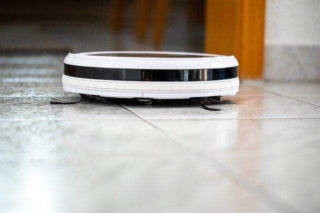 Aspirateur robot : rendre un appartement impeccable avant de le mettre en vente